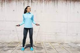 عکس, طناب زدن خانم ها از نظر پزشکی و ورزشی چگونه است