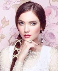 عکس, آرایش های جذاب با لباس سفید