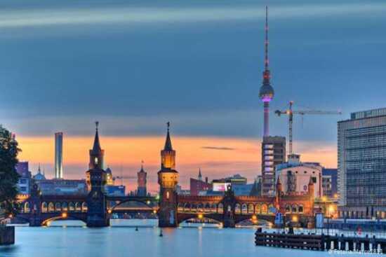 عکس, شرایط اقتصادی برلین برای مهاجرت چطوریه